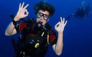 Знаки дайверов под водой
