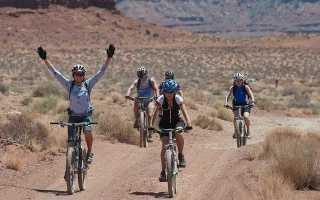 Как научиться ездить на велосипеде без рук