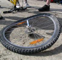 Как устранить восьмерку на колесе велосипеда