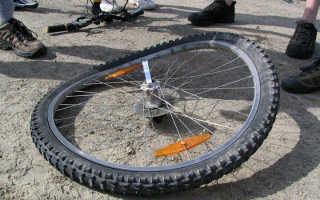 Как убрать 8 на колесе велосипеда