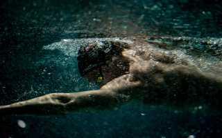 Как правильно дышать при плавании брассом